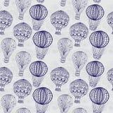 Горячий воздушный шар в небе, безшовной предпосылке Стоковое Изображение