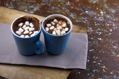 Горячий грея шоколад с зефирами стоковое фото rf
