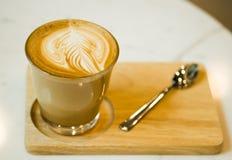 Горячий кофе Latte искусства Стоковые Фотографии RF