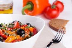 Горячий салат от зажаренного в духовке сладостного перца Стоковое Фото