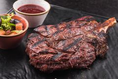 горячий сочный стейк говядины Стоковая Фотография