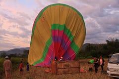 Горячий старт воздушного шара в vieng vang Стоковое Изображение RF