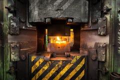 Горячий утюг в smeltery стоковое фото rf