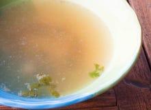 Горячий ясный суп кипеть от свинины Стоковое фото RF