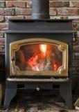 горящая древесина печки Стоковые Изображения RF