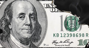 Горящая долларовая банкнота Стоковые Фото