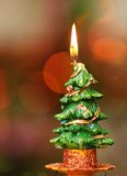 Горящая свеча зимы Стоковые Изображения