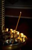 Горящая свечка в церков Стоковое Изображение RF