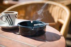 Горящая сигарета Стоковая Фотография RF