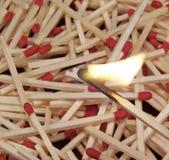 горящая спичка Стоковое Изображение RF