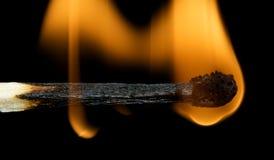 горящая спичка Стоковые Изображения RF
