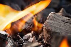 Горящая текстура угля Стоковые Изображения RF
