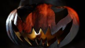 Горящая тыква улыбки на хеллоуине looped сток-видео