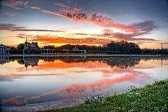 Горящее зеркало восхода солнца Стоковое фото RF