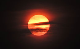Горящее Солнце часа конца Стоковые Изображения