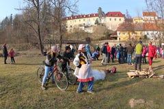 Горящие ведьмы, чехословакская традиция Стоковое фото RF