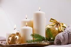 Горящие свечи пришествия Стоковые Изображения RF
