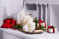 Горящие свечи пришествия Стоковые Фотографии RF