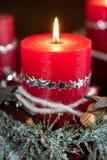 горящий вектор красного цвета иллюстрации рождества свечки стоковое изображение
