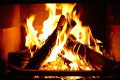 горящий камин Стоковые Фотографии RF