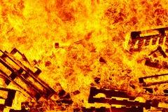 горящий пожар костры Пожаротушение и зажигание пламени предупреждение стоковое фото rf