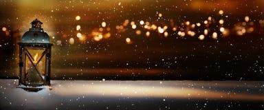 Горящий свет в ноче зимы Стоковые Изображения RF