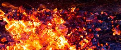 Горящий уголь как предпосылка Стоковое Фото