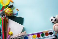 Гостеприимсво искусства назад к знамени школы; Школьные принадлежности Tumblr Стоковое Изображение