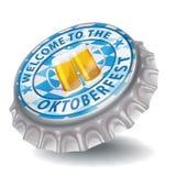 Гостеприимсво крышки бутылки к Oktoberfest Стоковые Изображения RF