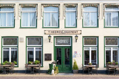 Гостиница в старом городке Harlingen, Нидерландов стоковое фото rf