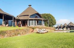 Гостиница в Танзании с туристами Стоковая Фотография RF