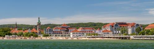 Гостиница и пляж Sheraton Sopot стоковые изображения rf