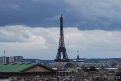 Гостиница Франции Eiffel, Эйфелева башня, Эйфелева башня, небо, ориентир ориентир, башня, дневное время Стоковые Изображения