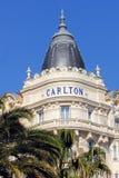 гостиница carlton cannes известная стоковые изображения