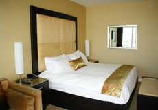 гостиничный номер кровати стоковые фото