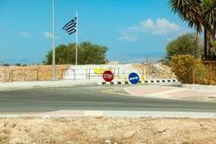 Государственная граница между севером и югом Кипром Стоковые Фото