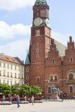 Готическая ратуша Wroclaw старая на рыночной площади, башне с часами, Wroclaw, Польше Стоковое фото RF