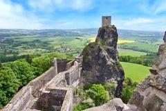 Готические руины Trosky рокируют, чехословакский рай, чехия стоковая фотография rf