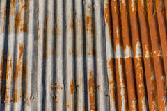 гофрированная крыша металла старая Стоковая Фотография RF