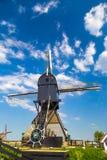 Голландская ветрянка на Kinderdijk, Нидерландах Стоковое Изображение