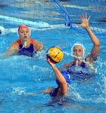Голландская команда защищая против венгерской команды Стоковые Фото