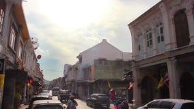 18,2014 -го март: Сцены улицы дороги Thalang в Пхукете, Таиланде сток-видео