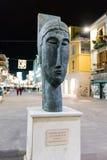 Голова кариатиды a Modigliani, Cosenza, Италия стоковые изображения rf