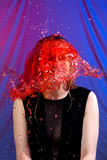 Голова крышки колокола красной воды женщины Стоковые Изображения RF