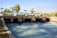 Головной мост над каналом ветви Mohajir стоковое фото rf