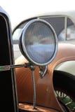 Головной свет винтажного автомобиля Стоковые Фотографии RF