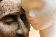 2 головы скульптур Стоковая Фотография
