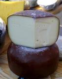 Головы сыра фермы естественные органические Стоковые Изображения