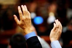 Голосование руки стоковое изображение