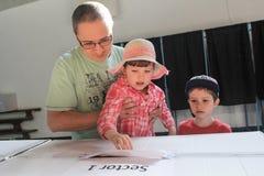 Голосование людей стоковое фото rf